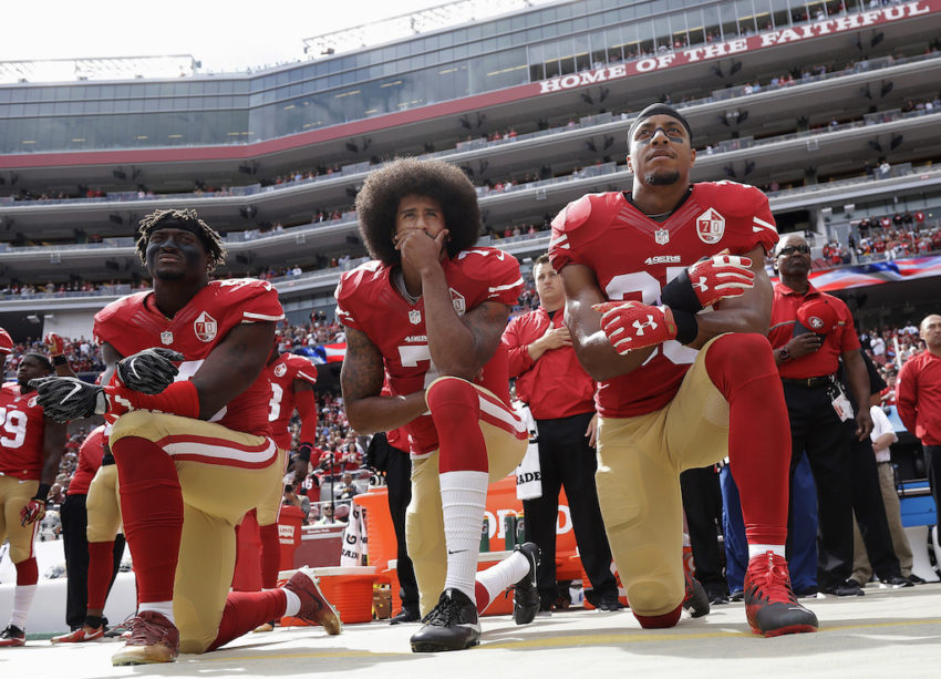 https://smhttp-ssl-62992.nexcesscdn.net/wp-content/uploads/2018/02/Colin-Kaepernick-Taking-a-Knee-1024-850x613.jpg